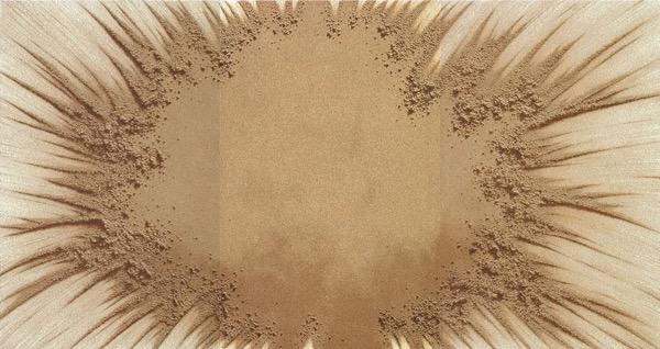 Sand Play 9608-L / Oil on Sand & Canvas / 200 x 375 cm / 1996
