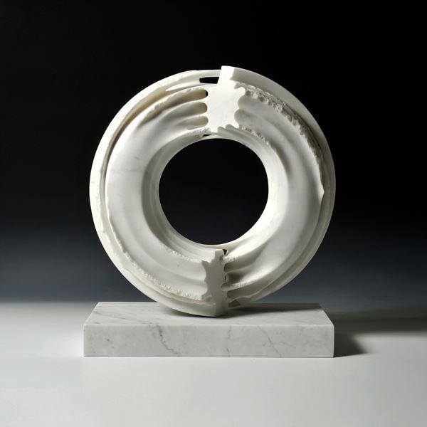 에너지, 40x20x45cm, 이태리 대리석, 2011