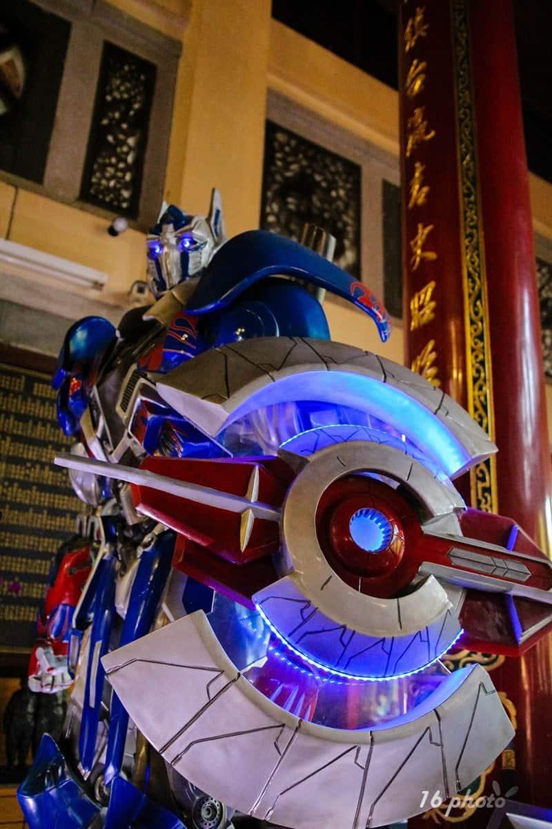 A-Tainan-Guanmiao-Iron-Man-6