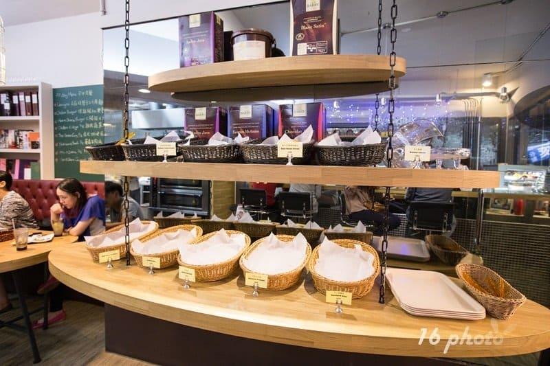 sweet-as-hope-bakery-1