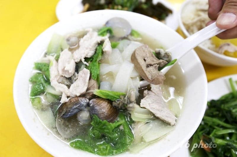 zhonghe-Seafood-noodle-Shop-14