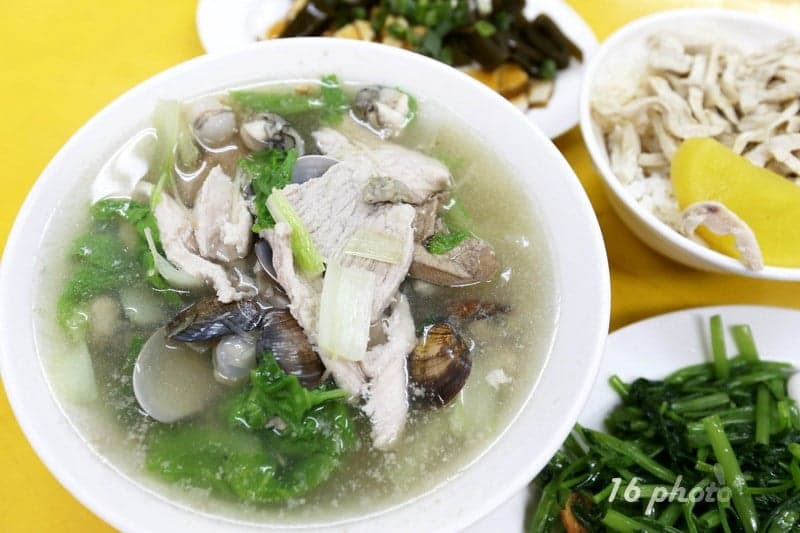 zhonghe-Seafood-noodle-Shop-15