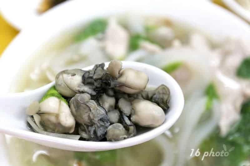 zhonghe-Seafood-noodle-Shop-24