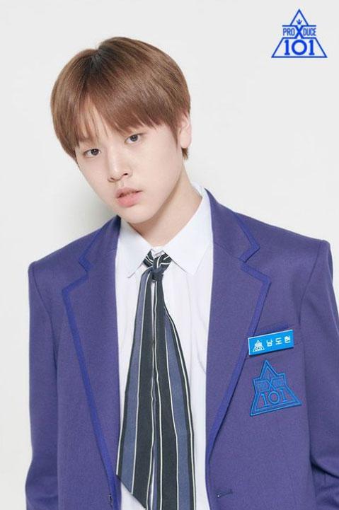 Netizens Think Jang Wonyoung Looks Like This 'Produce X101