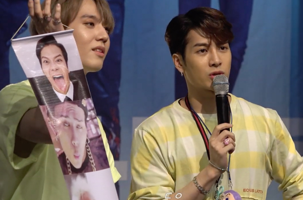 GOT7's Yugyeom was Given a Roll of Jackson's Meme By a Fan