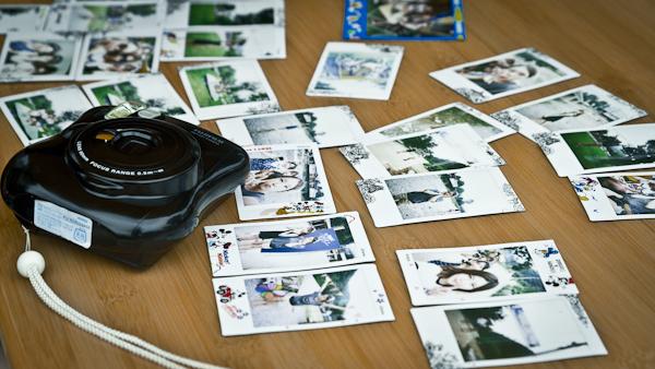 인스탁스 카메라와 사진들.