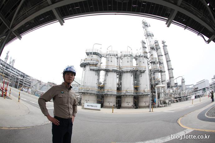 21세기 글로벌 화학기업으로 거듭날 롯데케미칼을 기대해주세요!