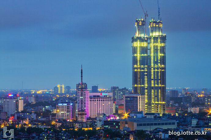 하노이의 밤을 밝히는 롯데센터 하노이