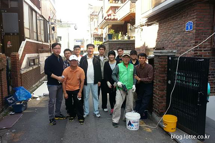 CP프로젝트의 저소득층 집 꾸미기 봉사활동