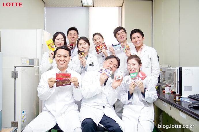 롯데중앙연구소 제과부문 디저트팀 초콜릿 연구원
