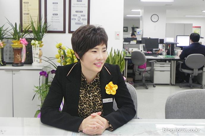롯데아울렛 첫 여성점장 한지연 점장 2