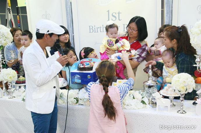 코리아세븐, 청운보육원에서 생일파티 진행
