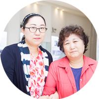 일반인 견학 참가자 지미연, 강순희 모녀