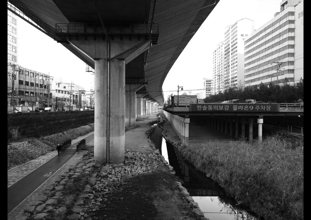 1. 흑백사진1